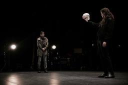 La tragique et mystérieuse histoire d'Hamlet, prince du Danemark